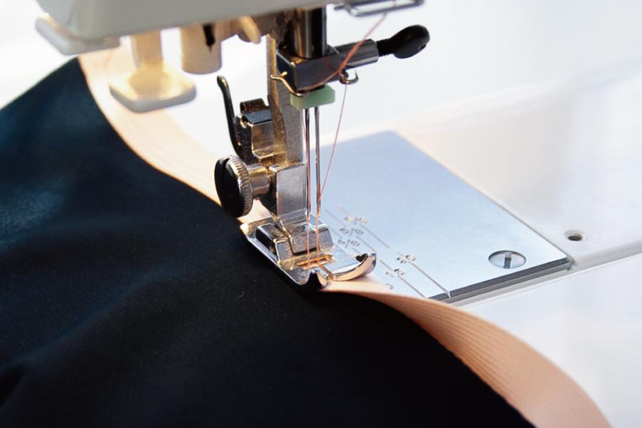 熟練職人による縫製