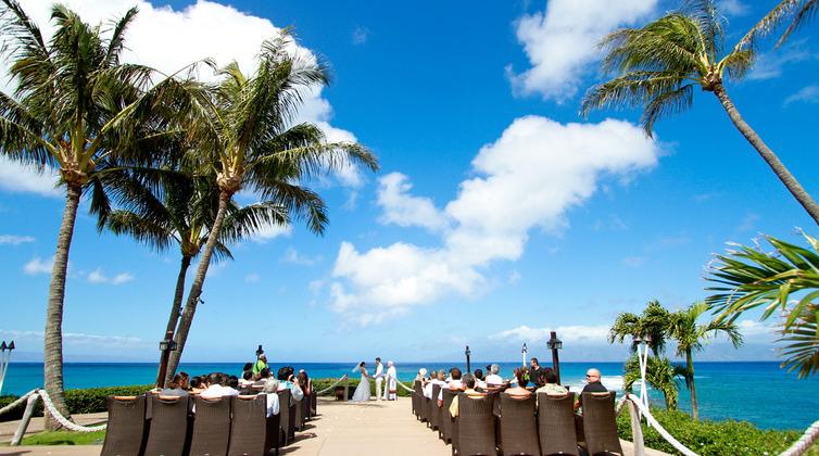 ハワイ結婚式タキシード